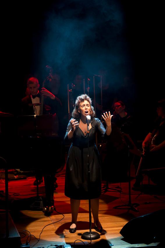 Piaf - The Concert at the Queen Elizabeth Hall, London. Nikon D800