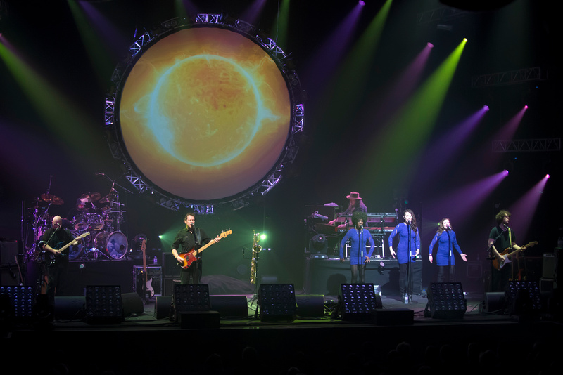 http://www.steverochephotography.com/blog/2015/3/the-australian-pink-floyd-show-at-new-theatre-oxford