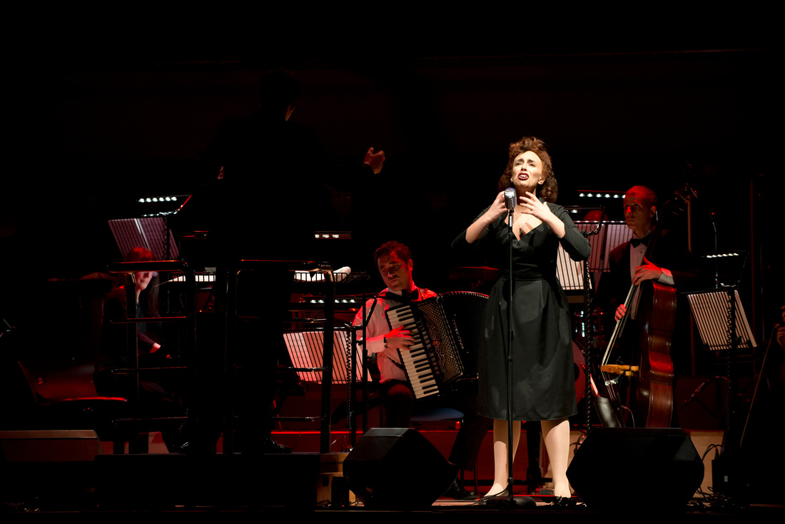 Piaf - The Concert at the Town Hall, Birmingham. Nikon D800