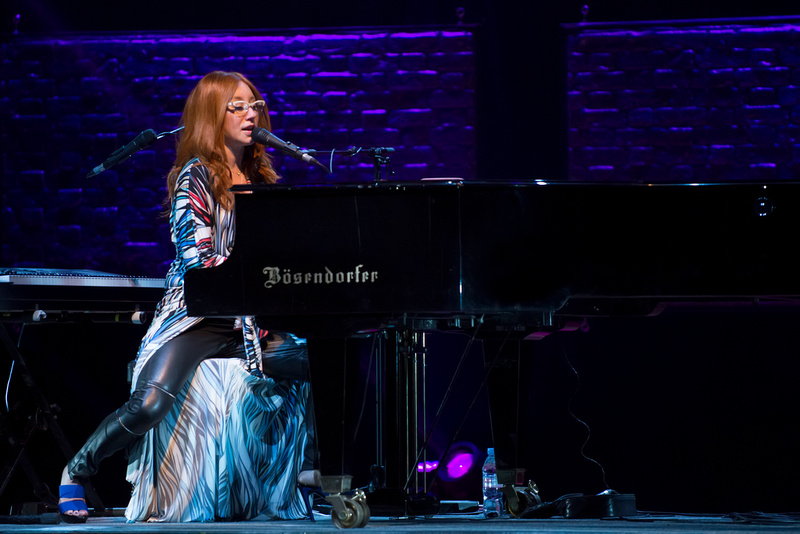 Tori Amos + Special Guest Trevor Moss and Hannah Lou at the Symphony Hall, Birmingham